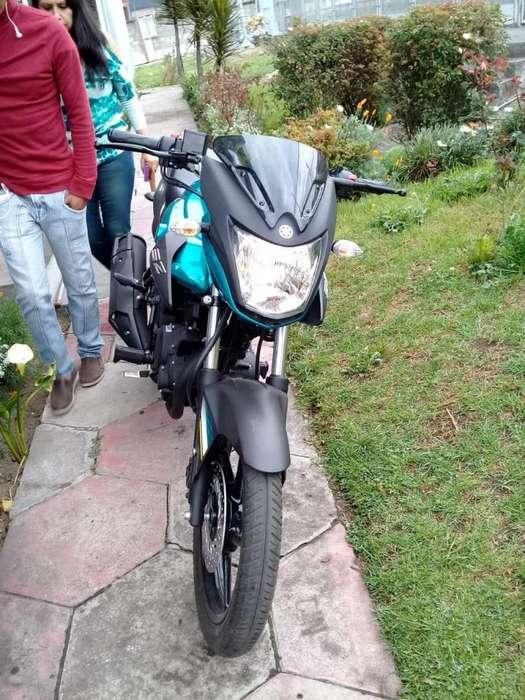 MOTO YAMAHA 150 cc
