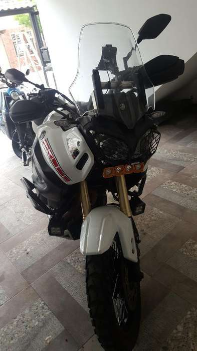 Yamaha Super Tenere 1200 Z Como <strong>nueva</strong>
