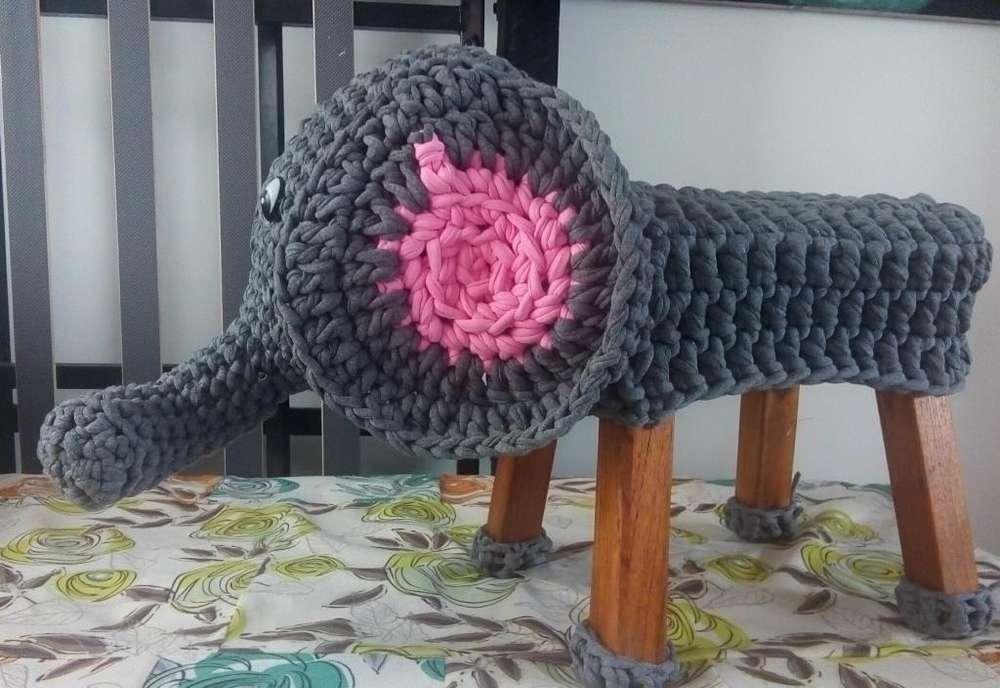 Silla en madera forro elefante en trapillo