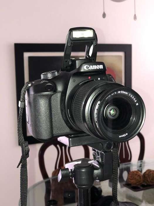Canon Eos 4000D Kit 18-55Mm (1 Mes)