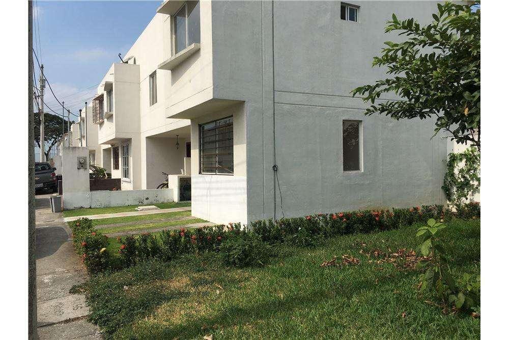 Alquiler de Casa en Urb. Malaga 2, Via a Salitre, Libia Torres