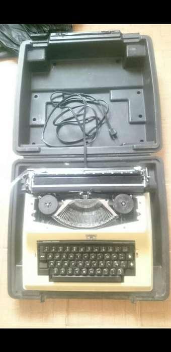 Maquina Antigua de Escribir