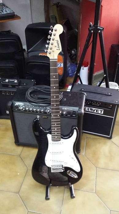 Guitarra Eléctrica Stratocaster Marca Field