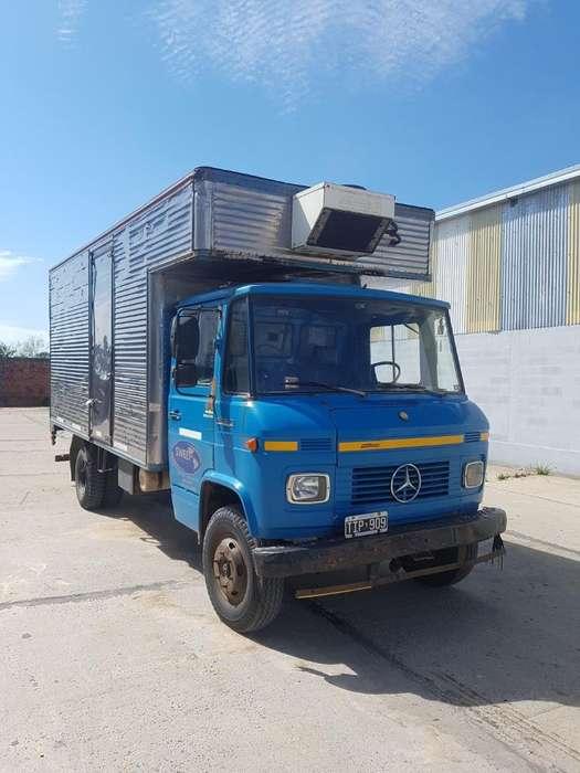 Vendo Camion Mercedez Benz 608 D M.87