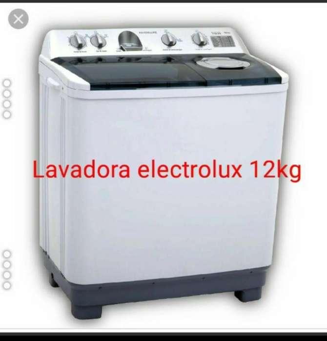Vendo Lavadora Electrolux 200