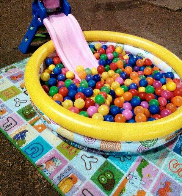 alquiler piscina de pelotas para fiestas infantiles 30