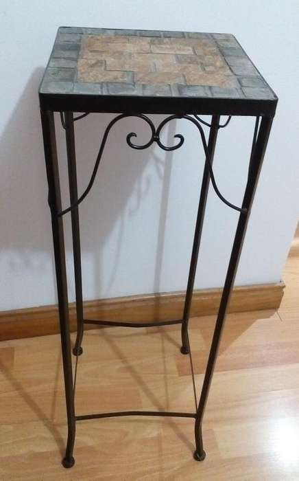 Mesa de hierro para jardin