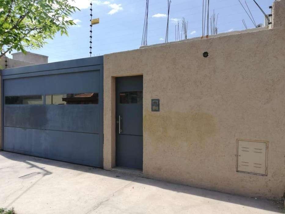 Casa en Venta. 6 Amb. 1 Dor. 120 M2. 70 M2 Cub