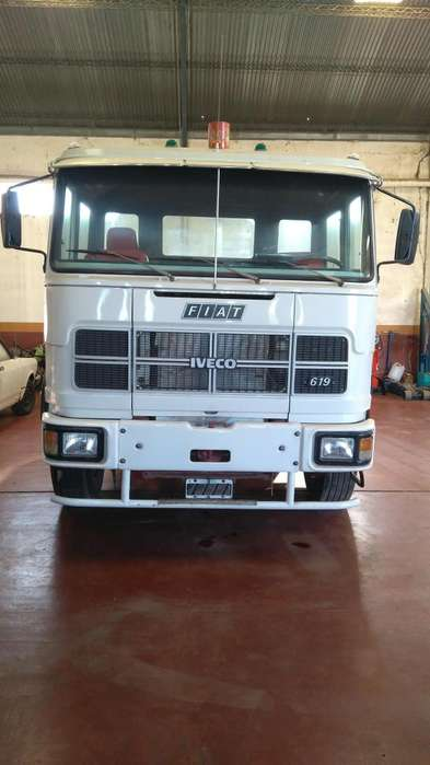 Camion FIAT 619 Impecable