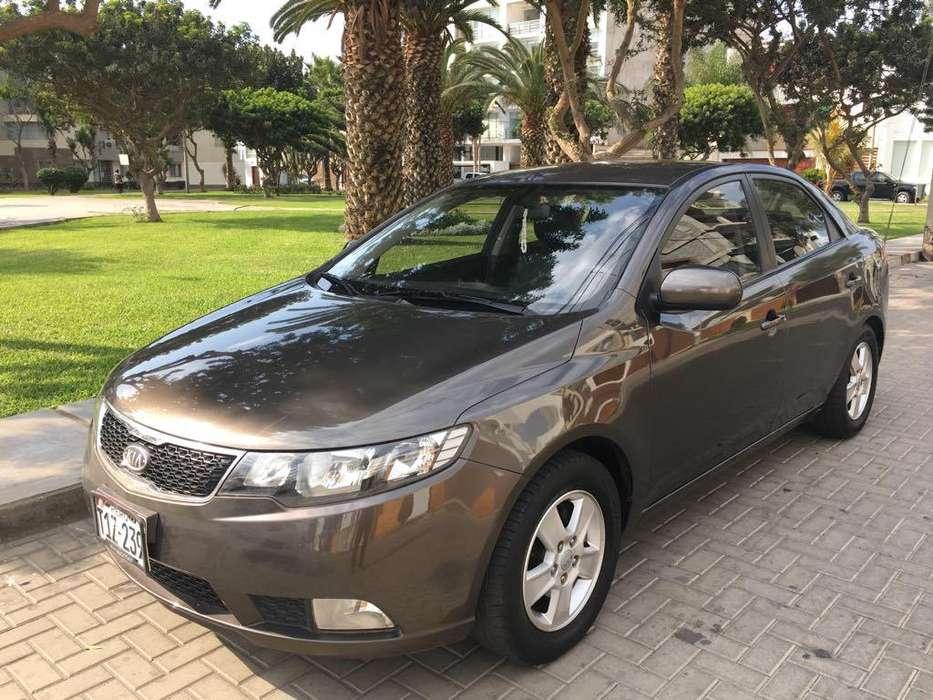 Kia Cerato  2012 - 44000 km