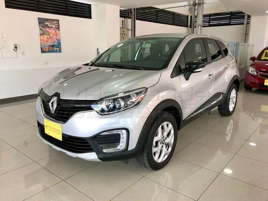 Renault Captur 2019 - 18100 km