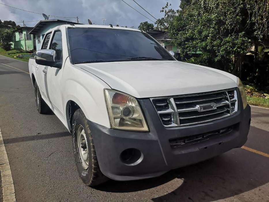 Isuzu Pick-Up 2012 - 17000 km