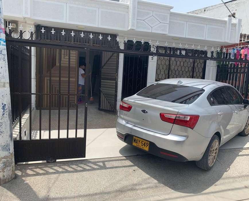 Hermosa Casa con Garaje Hipodromo