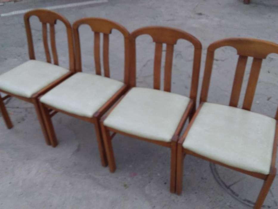 Cuatro <strong>silla</strong>s Roble Claro