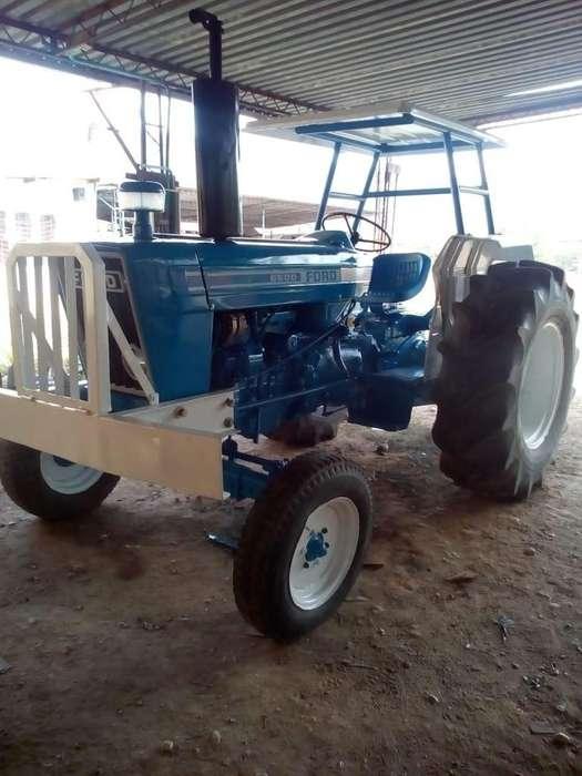 TRACTOR FORD 6600 MODELO 1986, CON MANIFIESTO DE ADUANA