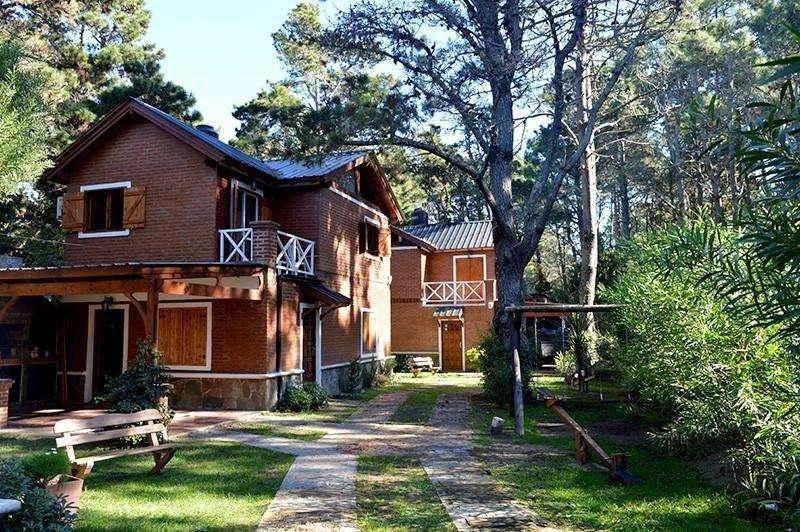 jd17 - Cabaña para 4 a 8 personas con cochera en Costa del Este