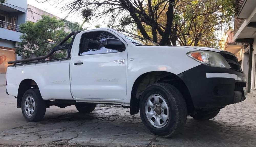 <strong>toyota</strong> Hilux 2008 - 300000 km