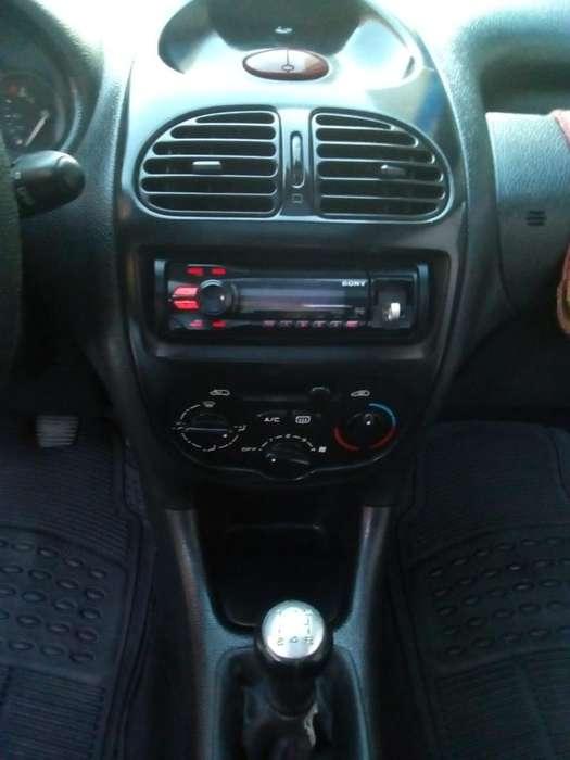 Peugeot 206 2007 - 210000 km