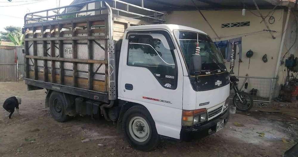 Venta de Camión Nhr 2001
