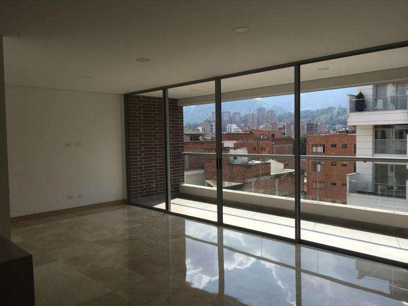 Apartamento En Venta En Medellin Laureles Cod. VBMER203407