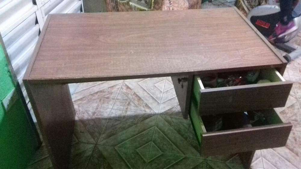 <strong>escritorio</strong> 2 Cajones