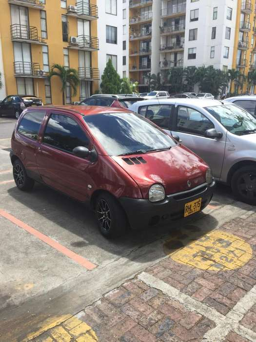 <strong>renault</strong> Twingo 2011 - 84200 km