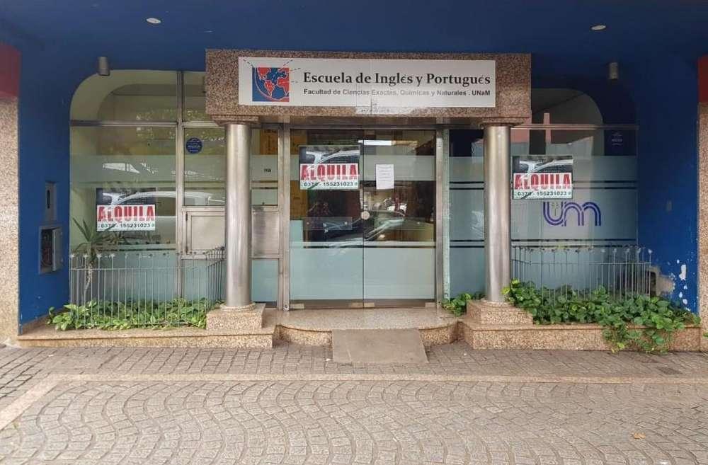 Amplio Local Comercial Céntrico En Alquiler