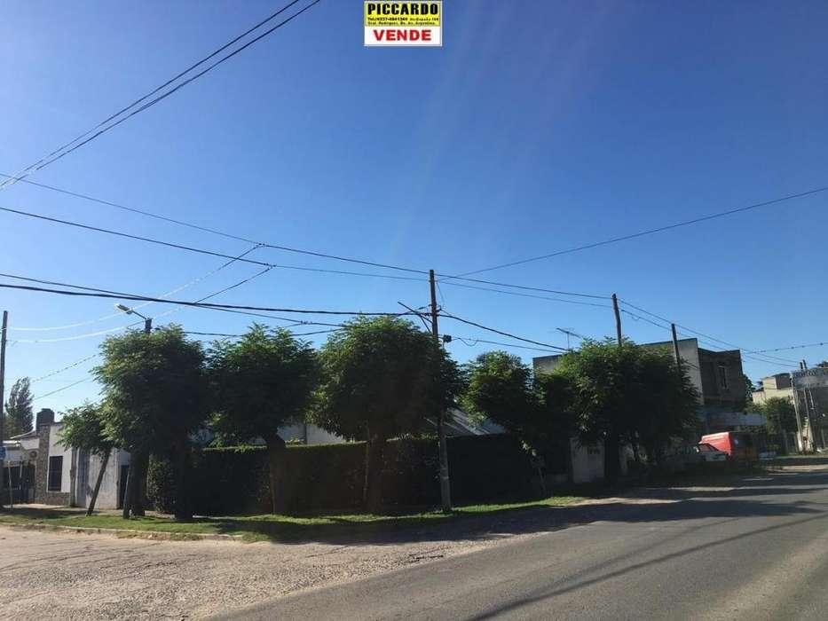 CASA CON LOCAL EN VENTA SOBRE CALLE COMERCIAL REF. 1378 GRAL. RODRÍGUEZ PICCARDO