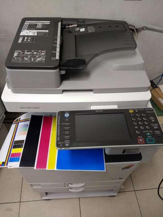 Fotocopiadora Ricoh a Color Multifuncion