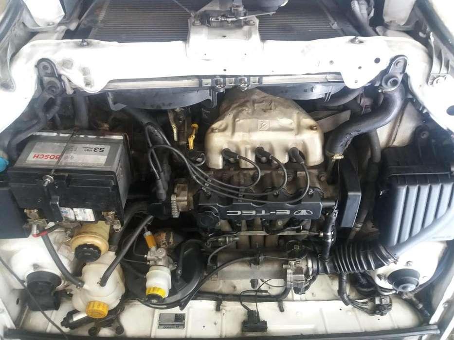 Chevrolet Corsa 2002 - 150000 km