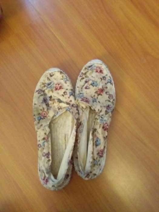 f857e3ad Zapatos bajo bajos: Ropa y Calzado en venta en Quito | OLX