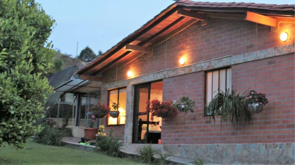 <strong>chalet</strong> Campestre Guarne - por Noches