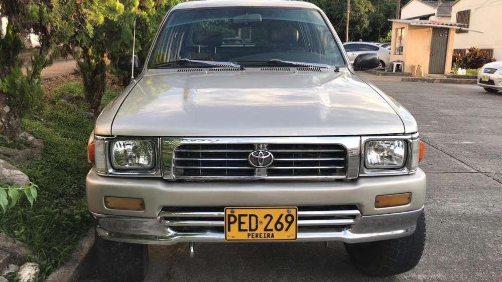 Toyota Hilux 1993 - 0 km