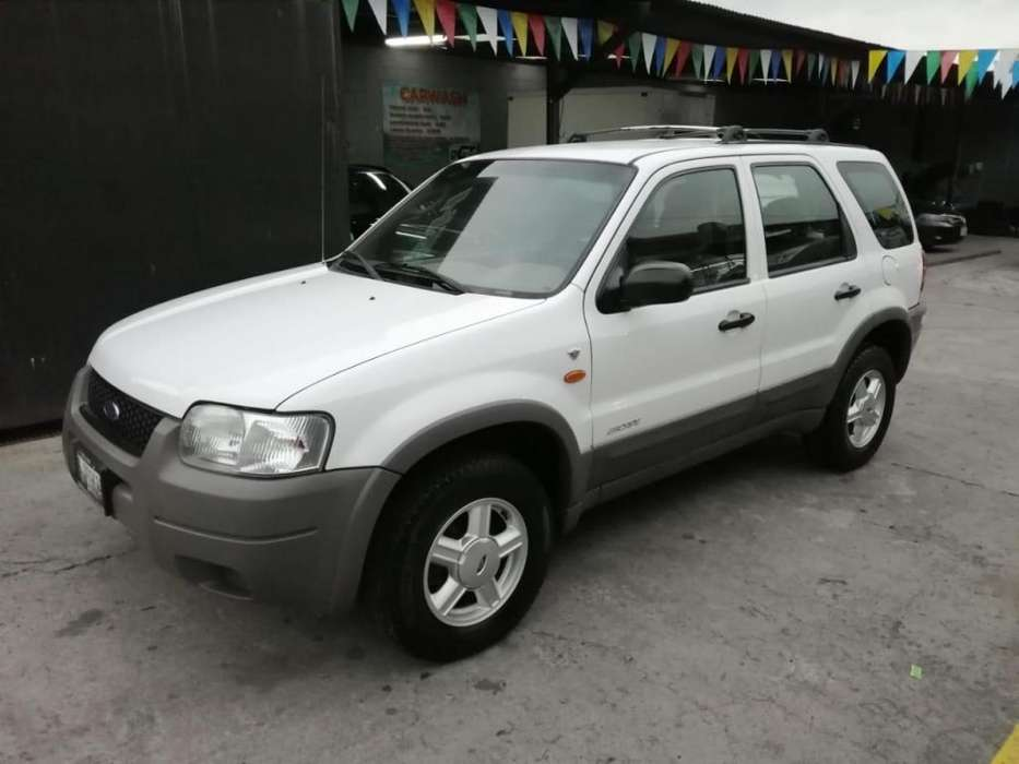 Ford Escape 2001 - 64000 km