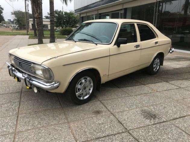Dodge 1500 1980 - 98000 km