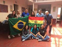 Revolution Language S.A.S Instituto de ingles