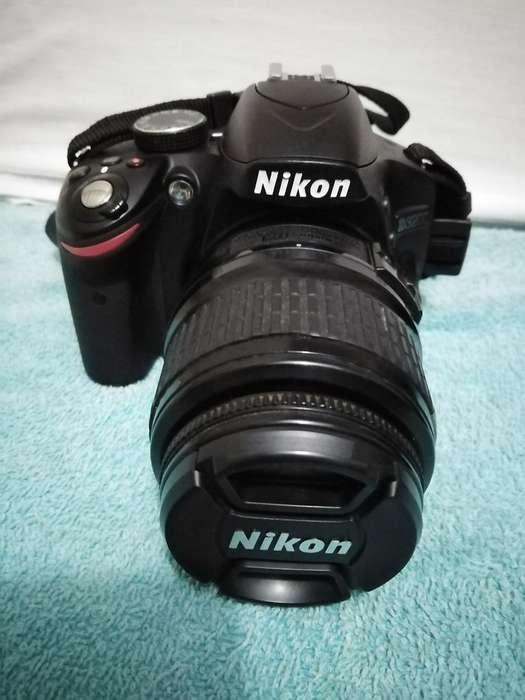 Camara Nikon 3200