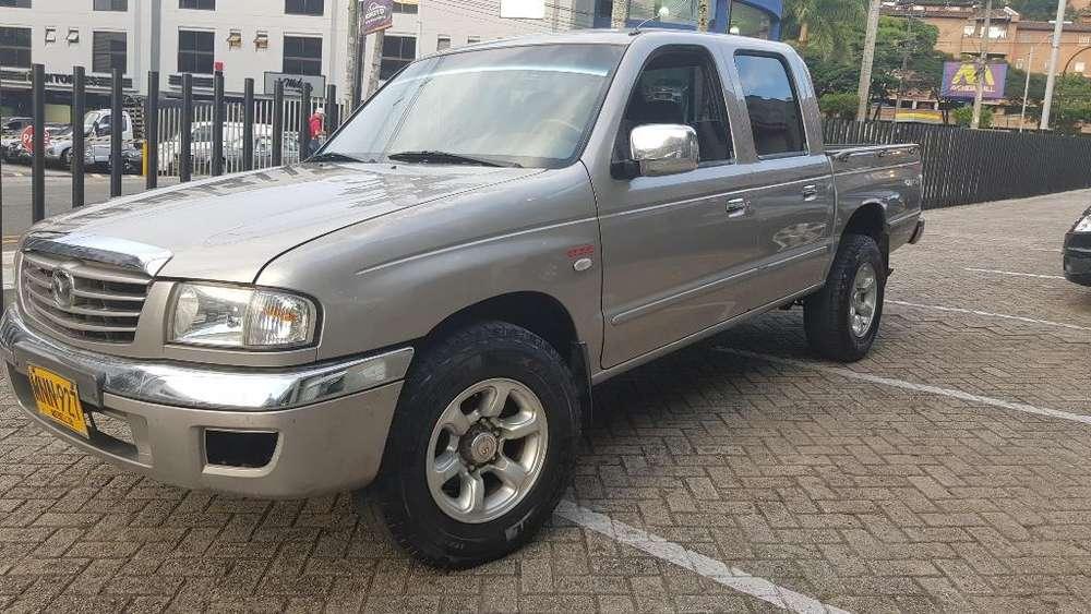 Mazda B-2600 2007 - 189000 km