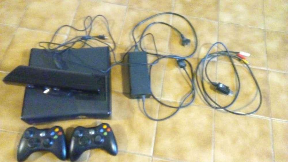 Xbox 360 Slim con Kinet