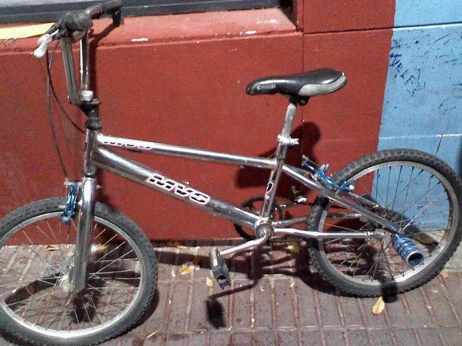 BICICLETA RODADO 20 TIPO BMX CROMADA
