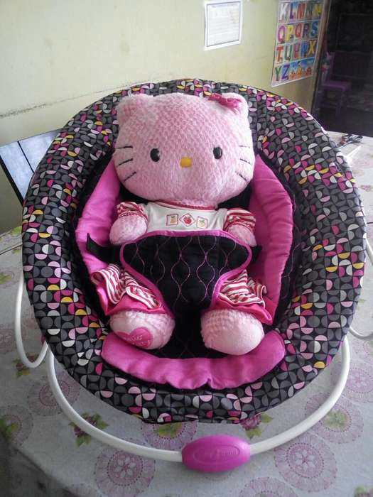 Silla Vibradora Hello Kitty