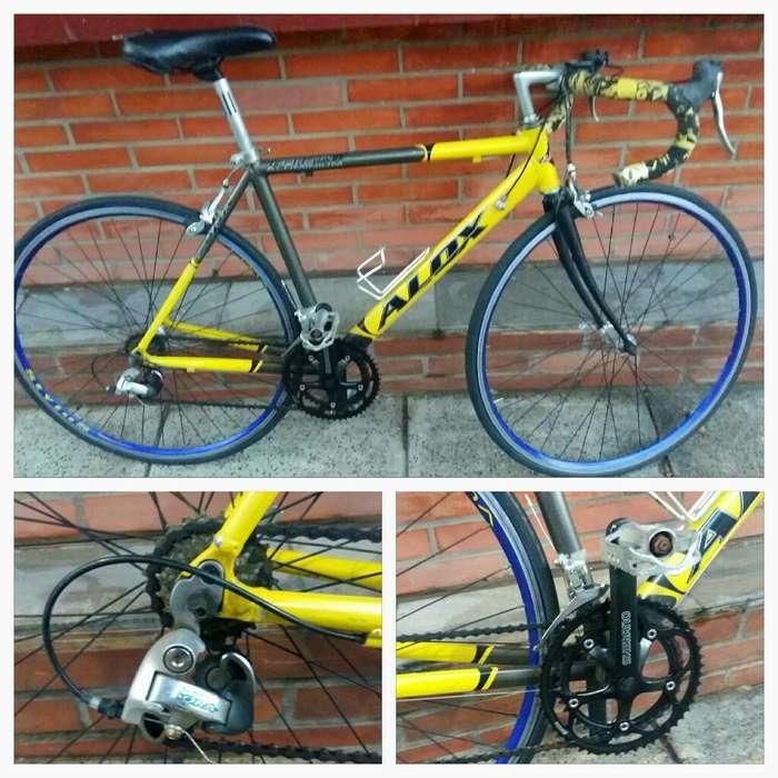 Bicicleta Ducati Alox R28
