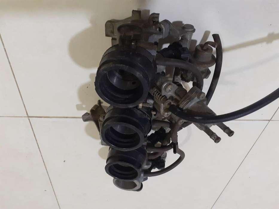 Cuerpo de Inyeccion CBR 600 F4i y Motor de arranque