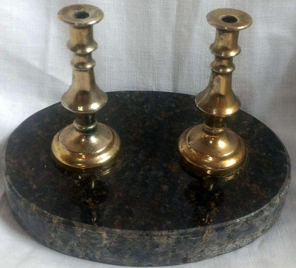 Antigua escribania porta pluma de mármol y bronce