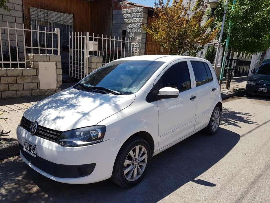 Volkswagen Fox 2012 - 117 km