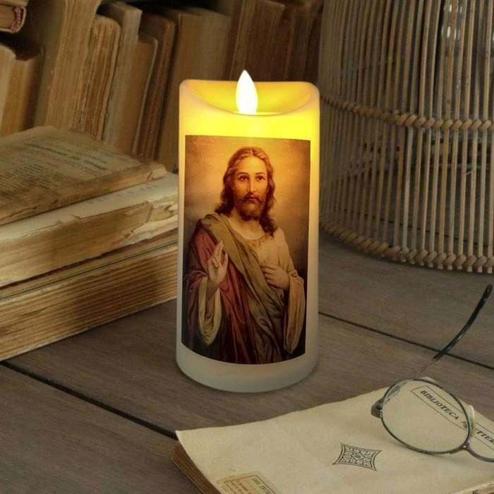 Vela Led Imágenes Religiosas Luz Parpadeante Y Movimiento RF 012T