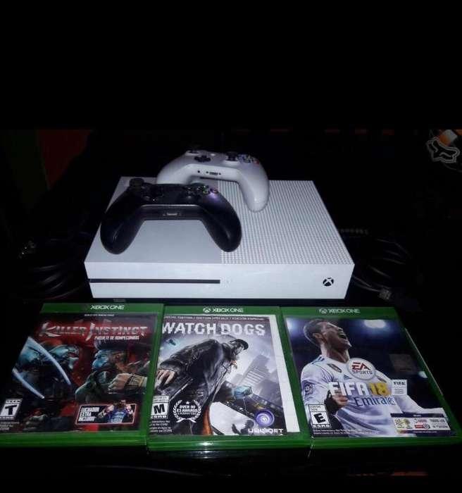 Xbox One S Casi Nuevo Poco Uso