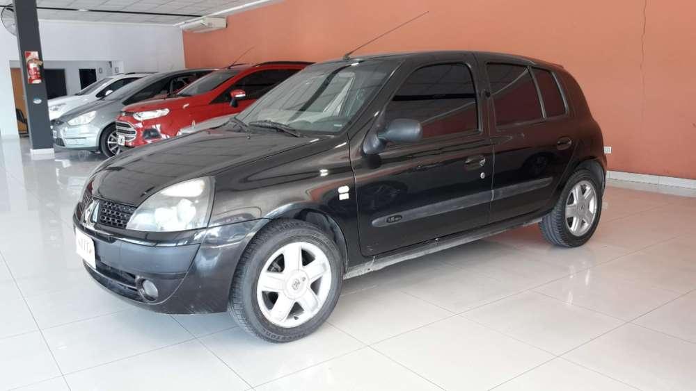Renault Otro 2004 - 124000 km