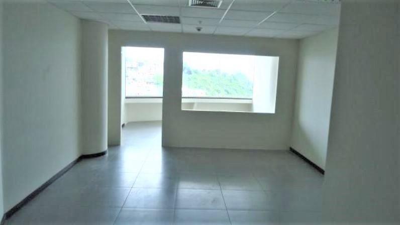 vendo oficina 47 m2 torre The Point puerto santa ana,guayaquil