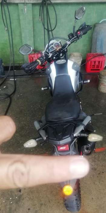 Motocicleta Akt Tt 125